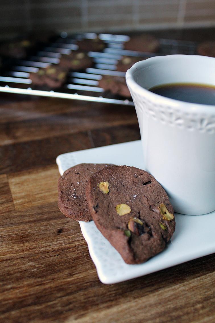 chocolate pistachio biscuits 3