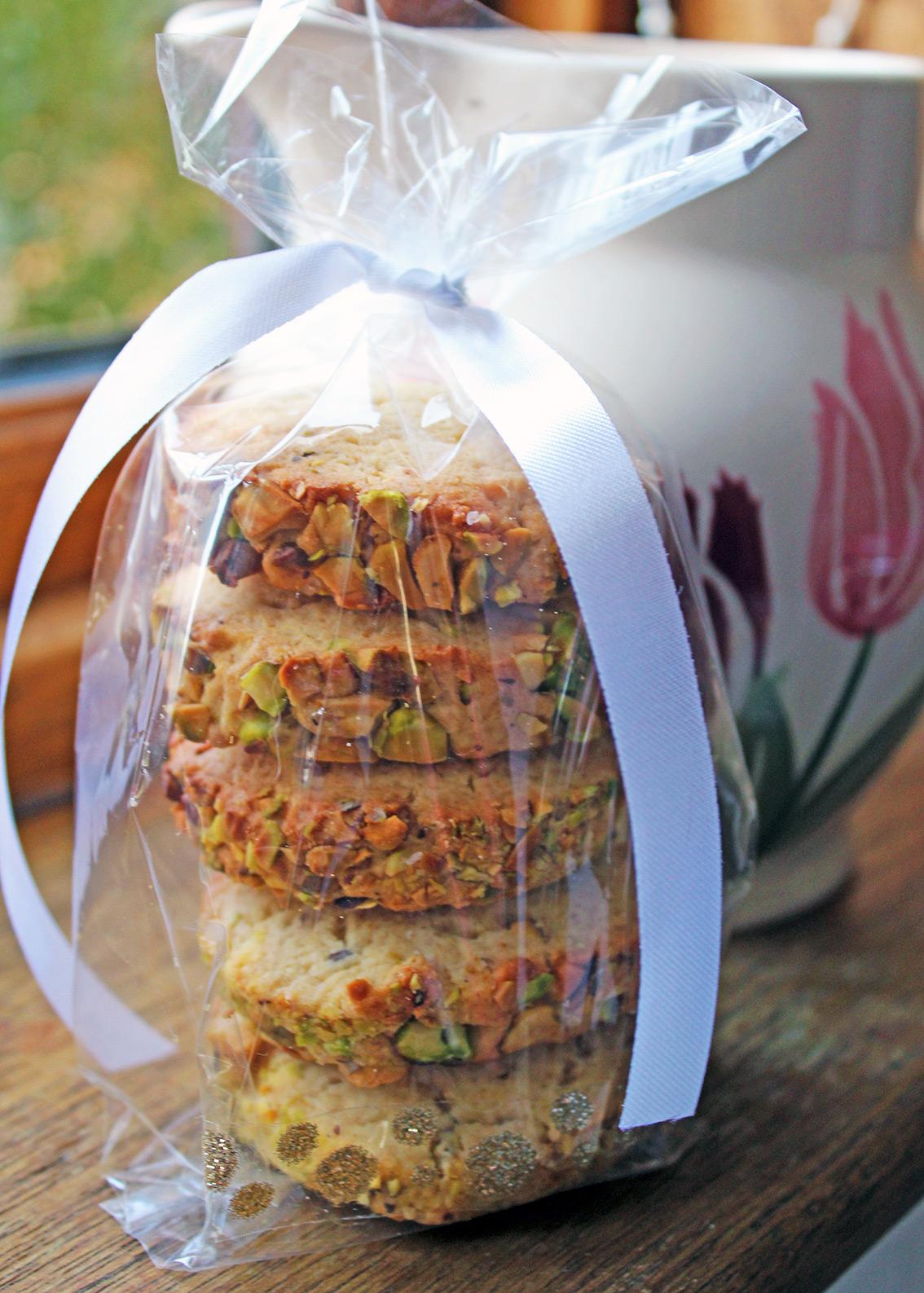 pistachio-biscuits-1